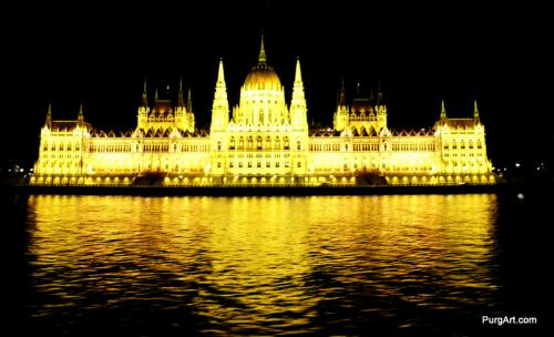 02-17Parliament building Budapest night